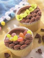 Beautiful Basket Cupcakes